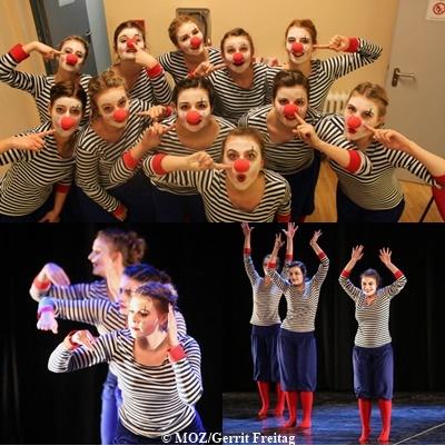 """""""Clowns"""" - 23. Tanzwoche (2015) - Choreografie: Nora Bernhardt"""