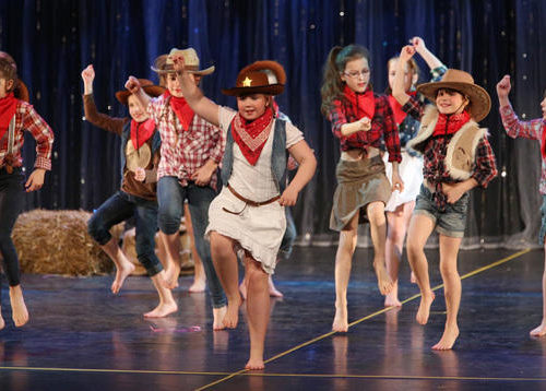 "22. Tanzwoche - Kinderprogramm ""Glücksbringer"""